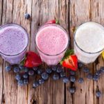 What-a-300-Calorie-Smoothie-Looks-Like-and-9-Recipes